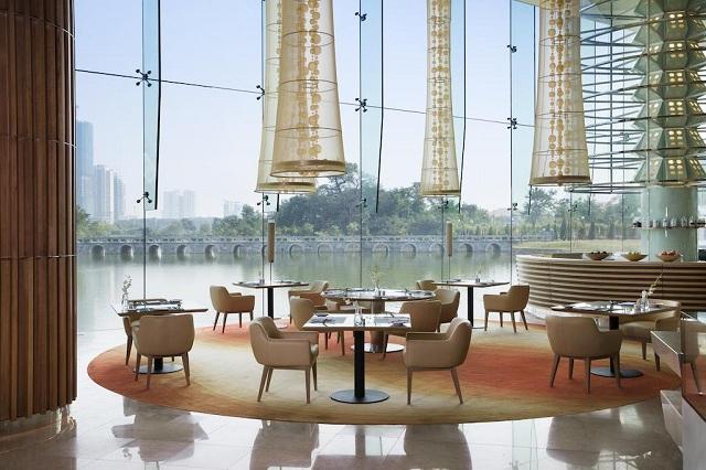 """Đón Tết ở 3 khách sạn có view ngắm pháo hoa """"cực đẹp"""" tại Hà Nội"""
