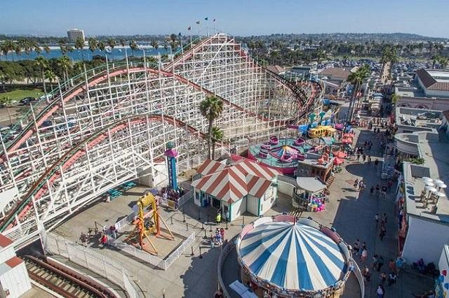 Belmont Park là một công viên giải trí ven biển với nhiều hình thức để bạn tha hồ mà trải nghiệm