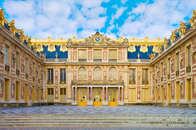 Chiêm ngưỡng vẻ đẹp tráng lệ của cung điện Versailles tại Paris