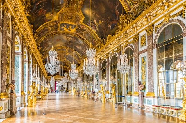 Vẻ đẹp tráng lệ của Hội trường Gương trong cung điện