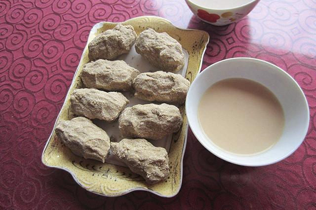 Tsampa món ăn khá phổ biến của người dân Tây Trạng